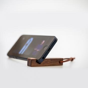 石三木廠 │ idea原木手機架兼鑰匙圈-胡桃木